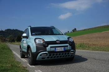 Fiat Panda Hybrid City Cross metano Ecomotive Solutions - Autogas Italia